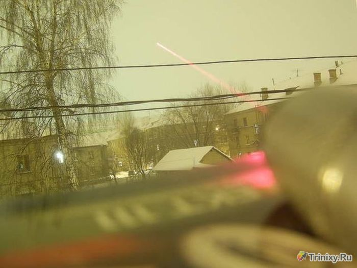 Делаем лазерное оружие в домашних условиях (7 фото)