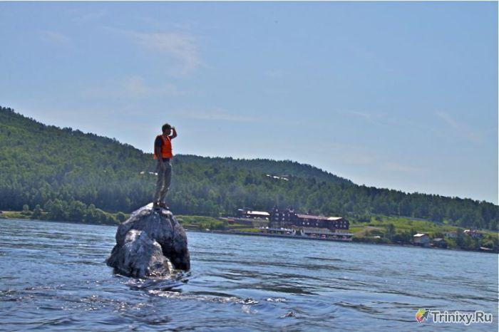Загадки и тайны озера Байкал (15 фото)