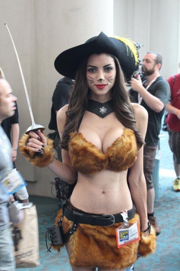 """""""Кот в сапогах"""" на фестивале Comic Con 2013 (6 фото)"""
