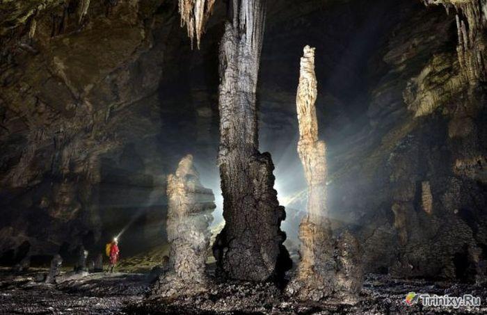 Удивительная система пещер в Китае (24 фото)