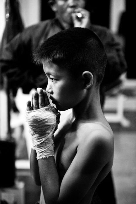 Дети Таиланда - профессиональные боксеры (26 фото)