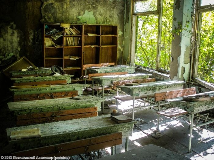 Школа в Чернобыльской Зоне Отчуждения (35 фото)