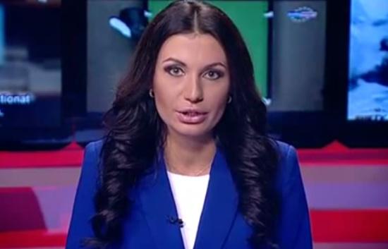 Ведущая новостей отжигает в прямом эфире