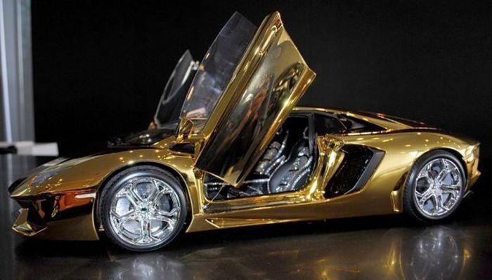 Модель суперкара Lamborghini за 400 тысяч долларов (13 фото)