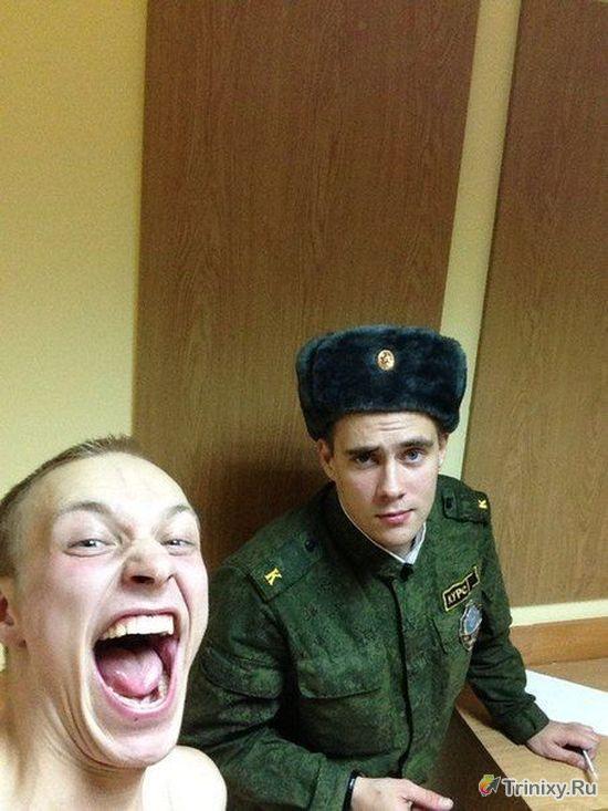 В армии даже веселее, чем в скучном университете (10 фото)