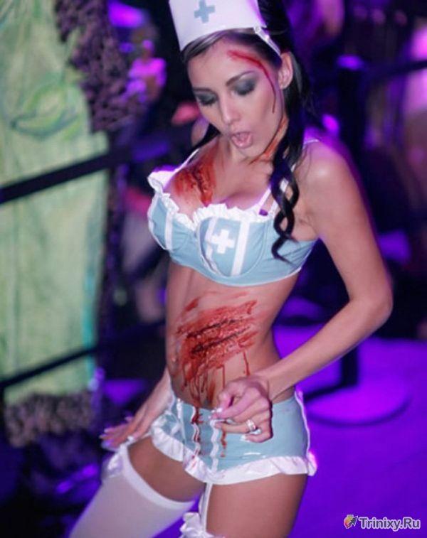 Сексуальные и откровенные костюмы девушек на Хэллоуин (30 фото)