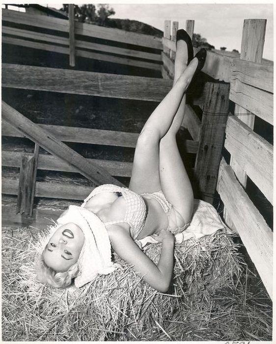 Бетти Бросмер — идеал женской фигуры 50-х годов