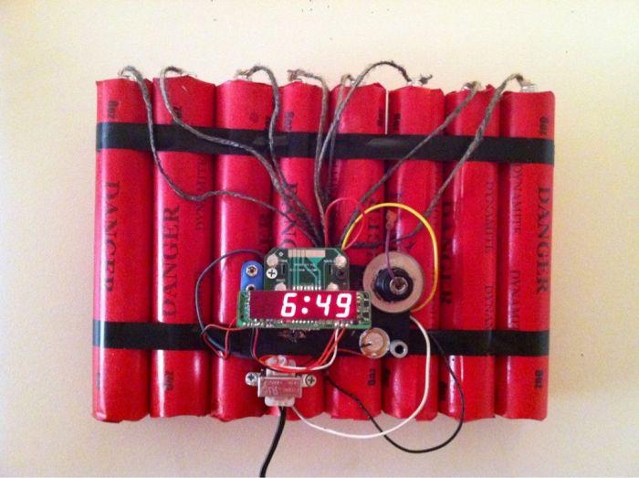 Креативные и необычные часы (48 фото)