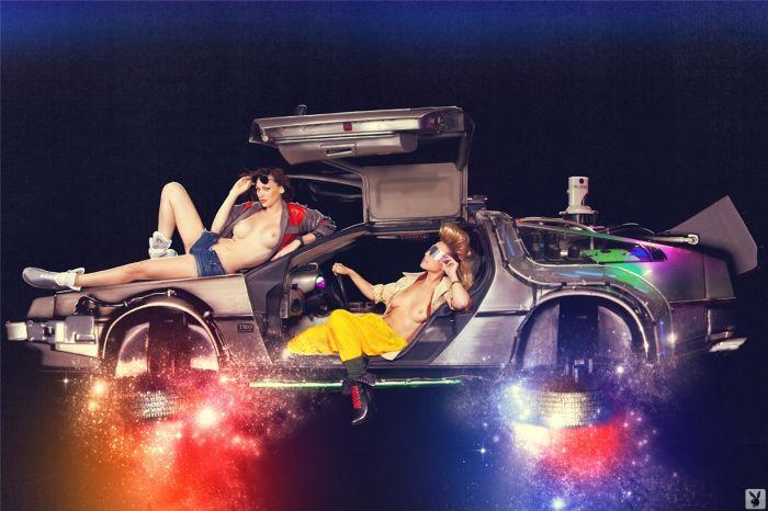"""Откровенная фотосессия Playboy в честь фильма """"Назад в будущее"""" (16 фото)"""