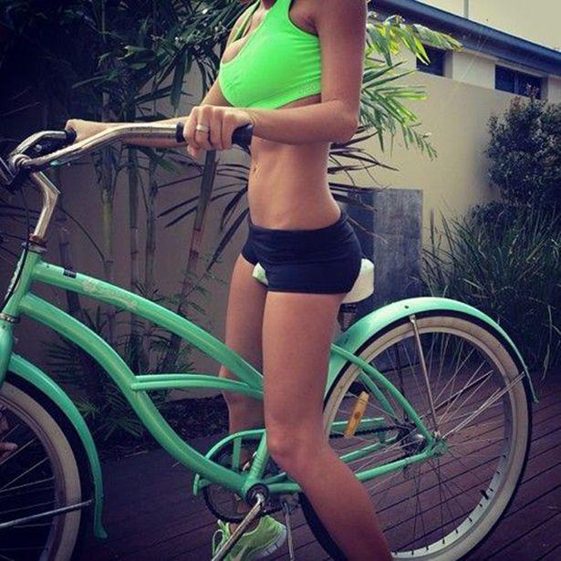 Спортивные девушки в отличной физической форме (28 фото)