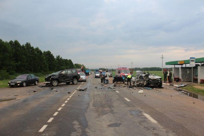 Жуткая авария по вине пьяной женщины за рулем (5 фото)