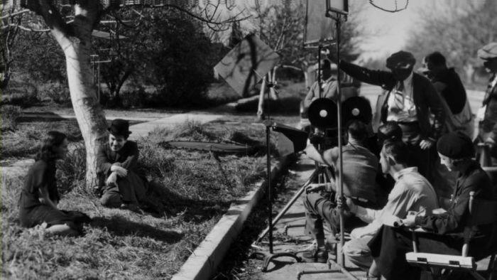 Кадры со съемок легендарных кинофильмов (44 фото)