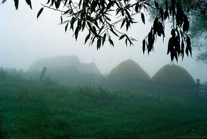 Деревня, в которой остановилось время (45 фото)