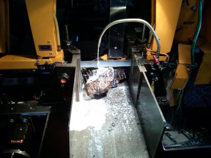 Челябинский метеорит в разрезе (9 фото)
