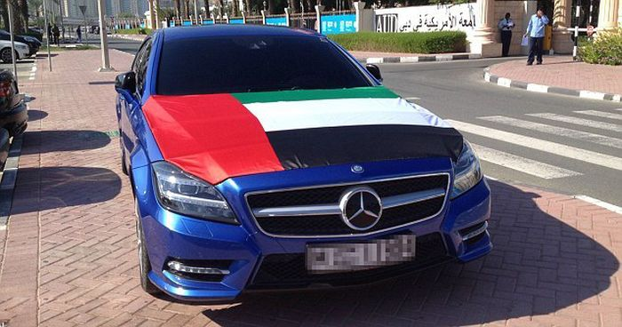 Парковка университета в Дубае (18 фото)