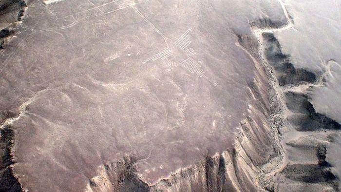 Необычные объекты, которые были созданы инопланетянами (16 фото)