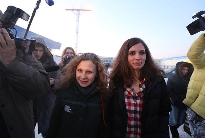 Интервью с Надеждой Толоконниковой, которая вышла на свободу по амнистии (3 фото)