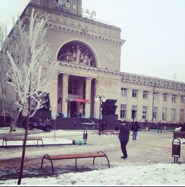 Теракт в Волгограде: взрыв на железнодорожном вокзале (14 фото + 2 видео)