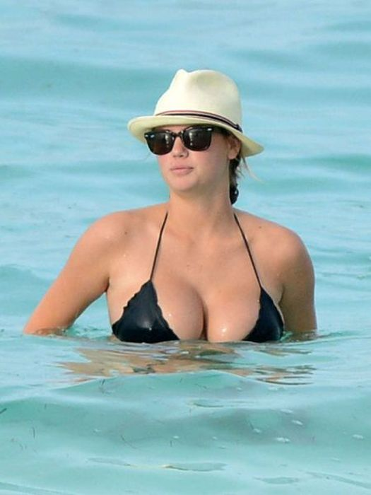 Сексуальные девушки с пышной грудью (55 фото)