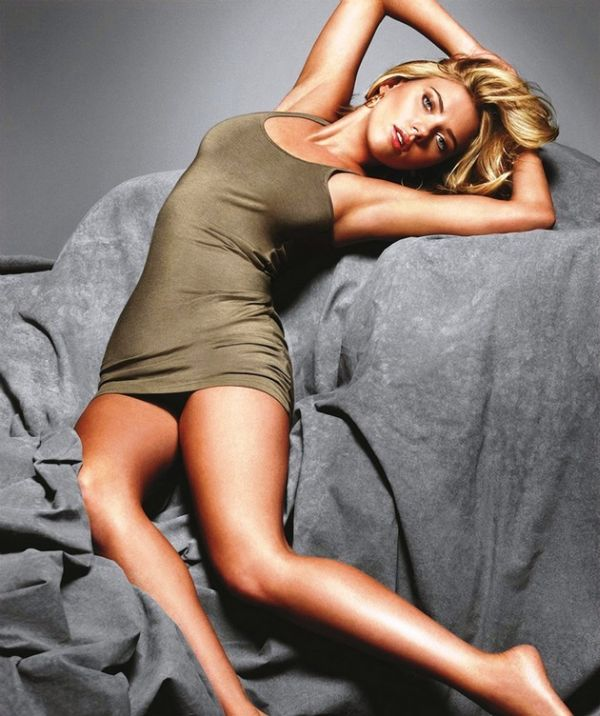 ТОП-50 самых сексуальных красоток 2013 года (50 фото)