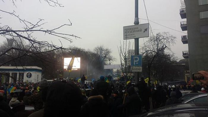 """Евромайдан перешел к политике """"нападения"""" (25 фото + видео)"""