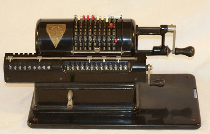 Важные изобретения, которые с годами изменились до неузнаваемости (15 фото)