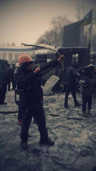 Оружие Евромайдана на любой вкус (61 фото + видео)