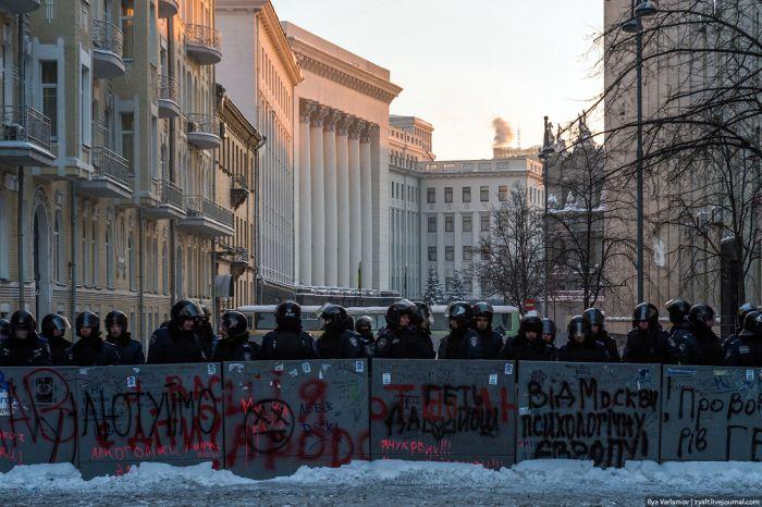 Евромайдан глазами сотрудников Беркута и милиции (40 фото)