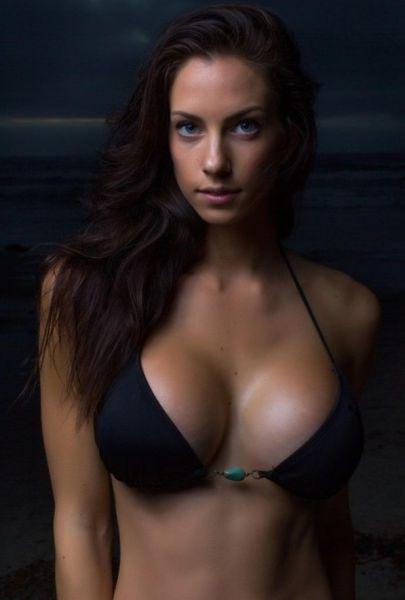 Милая девушка с большой грудью — photo 9