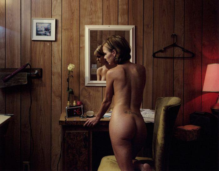 Как проходят будни проституток (20 фото)