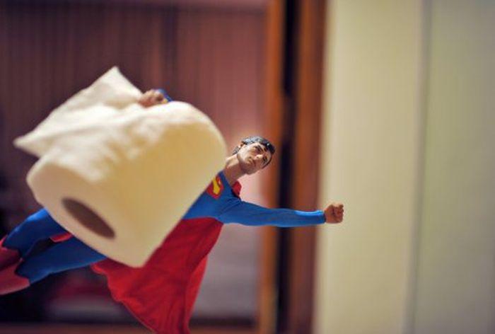 Миниатюрные кино-герои в реальной жизни (51 фото)