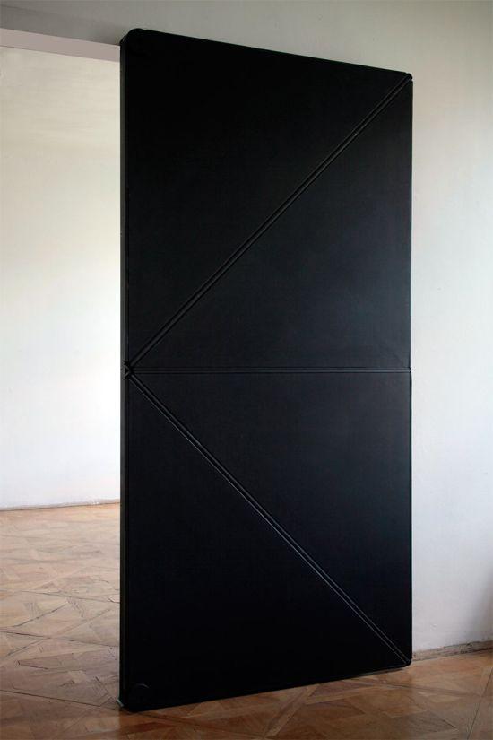Необычная дверь (3 фото)