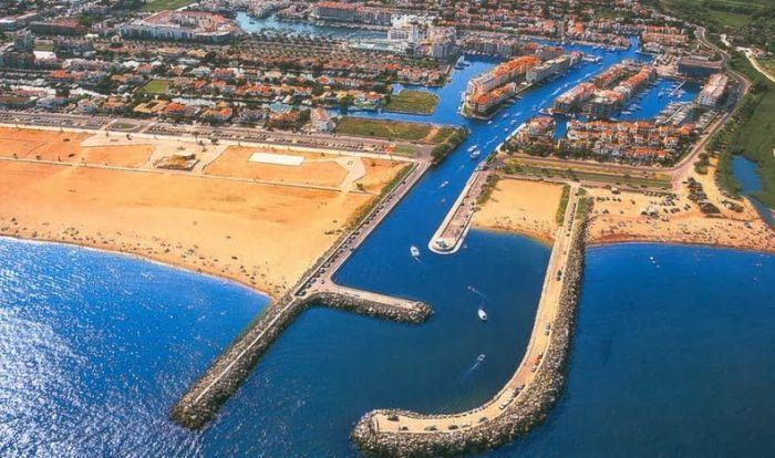 Эмпуриабрава - Испанская Венеция (11 фото)