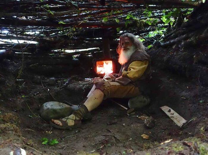 Человек в костюме йети попал в документальный фильм «National Geographic» (30 фото)