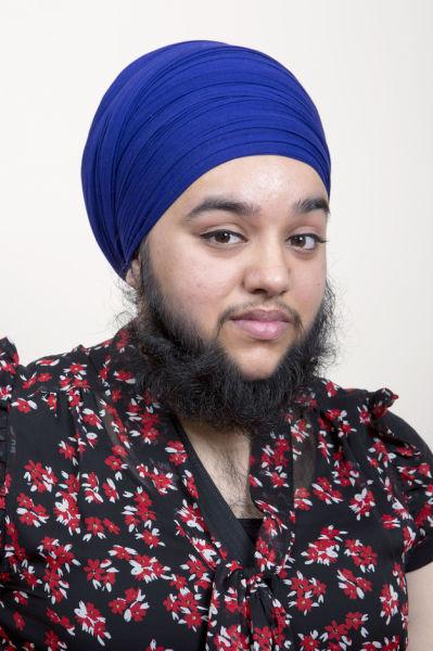 Девушка отрастила себе бороду (9 фото)