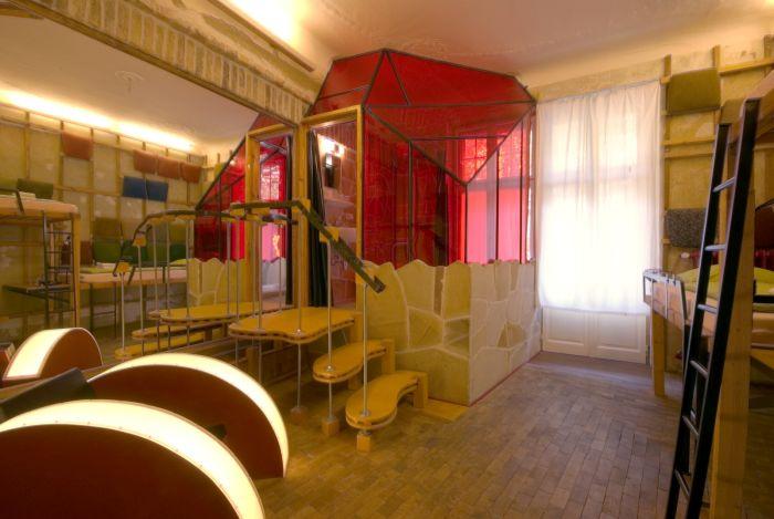Самый необычный отель Берлина (25 фото)