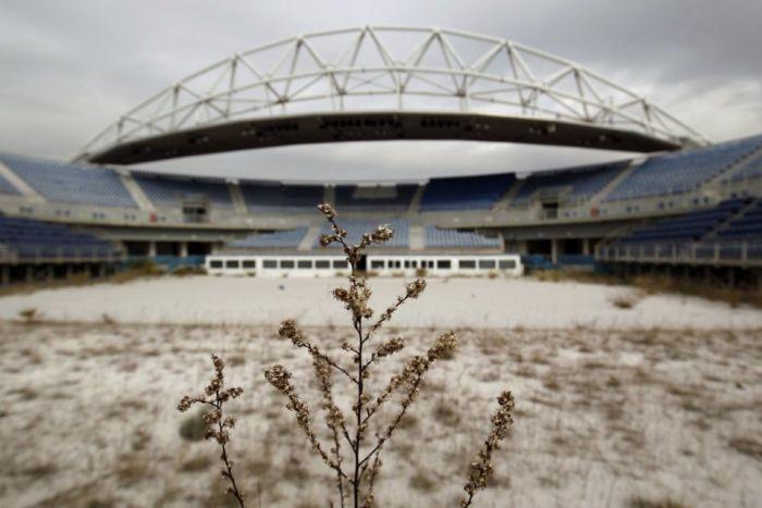Заброшенные объекты, которые остались после Олимпиады 2004 года в Афинах (21 фото)