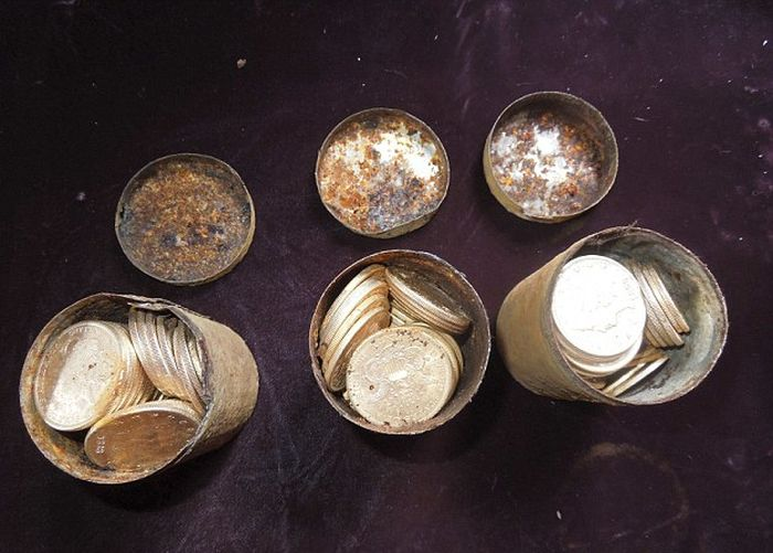 В Калифорнии нашли клад на 10 миллионов долларов (10 фото)