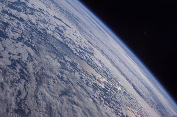 """Снимки NASA по мотивам фильма """"Гравитация"""" (31 фото)"""