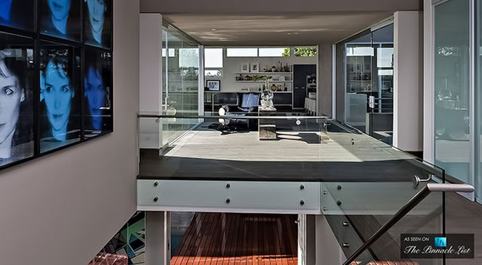 Диджей Авичи (Avicii) купил особняк за 16 миллионов долларов (29 фото)