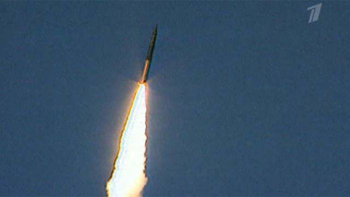 """Успешный запуск межконтинентальной баллистической ракеты """"Тополь"""" (4 фото + видео)"""