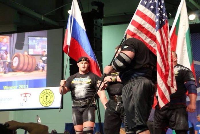 Русский морской пехотинец стал победителем Арнольд Стронгмен (8 фото)