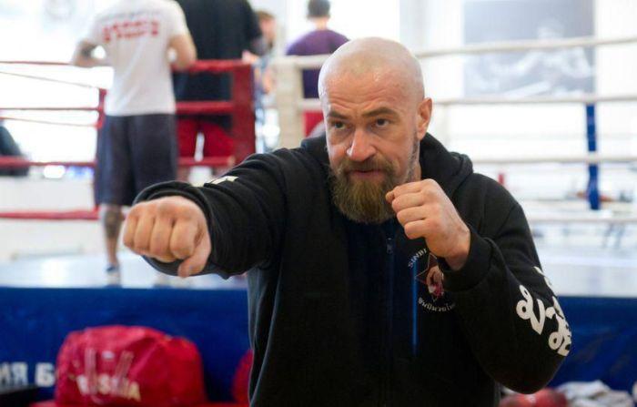 Сергей Бадюк - день из жизни мастера боевых искусств (19 фото)