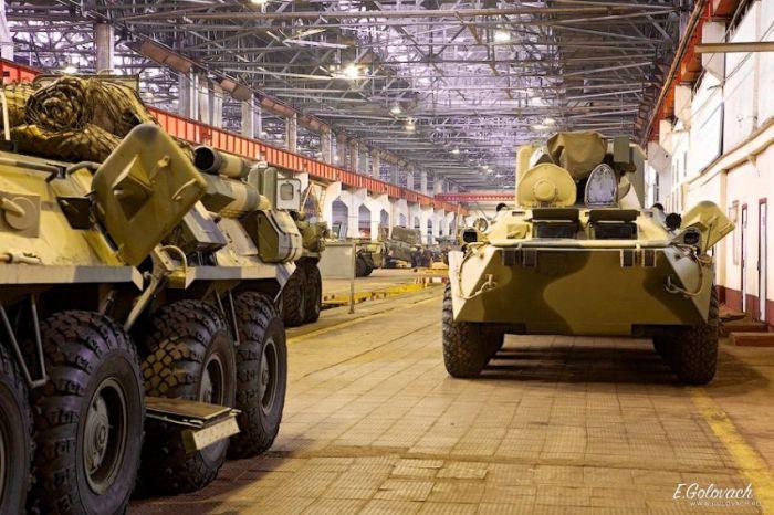 Особенности сборки российских БТР (25 фото)