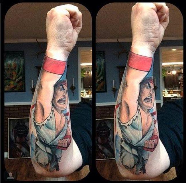 """Крутое тату в стиле """"Street Fighter"""" (2 фото)"""