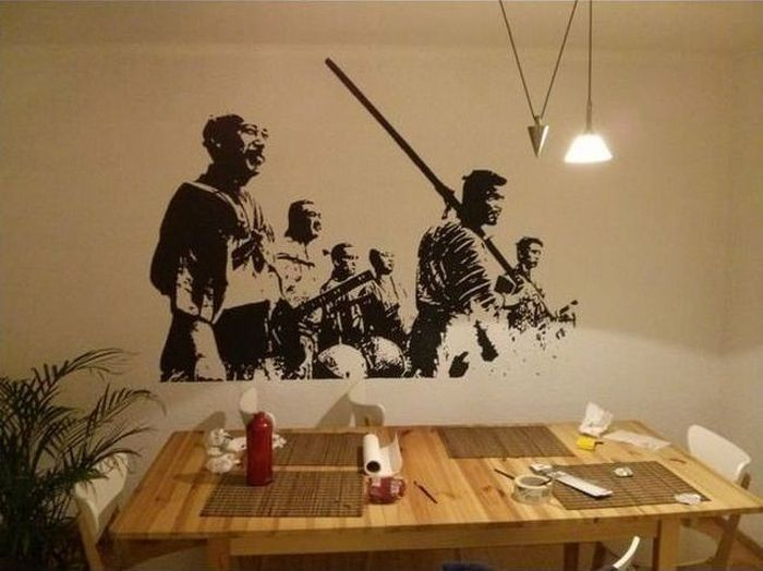 Креативный способ нарисовать картину на стене (10 фото)