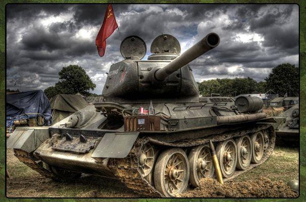 Танк Т-34 - легенда отечественного танкостроения (8 фото)
