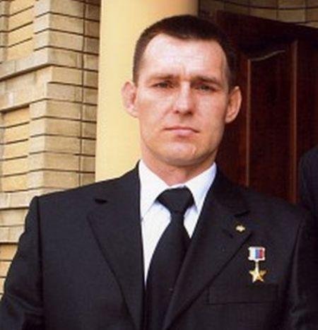 Подвиг 24-летнего спецназовца Сорокина (3 фото)