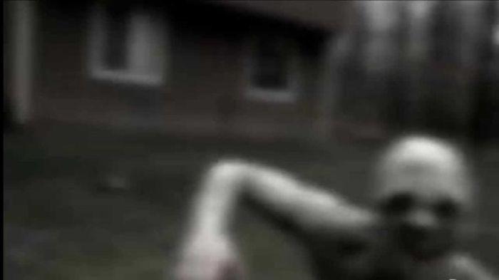 Самые пугающие страшилки интернета (14 фото + видео)