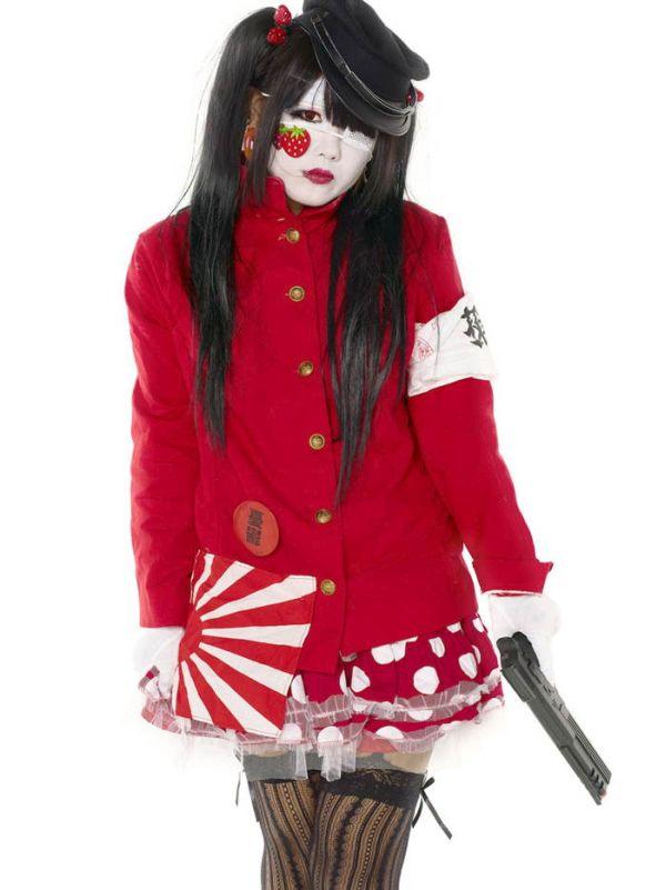 Современная японская молодежная мода (25 фото)